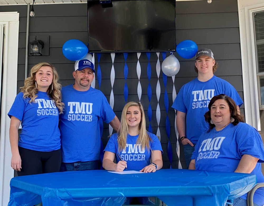 Avery Seig Signs With Thomas More